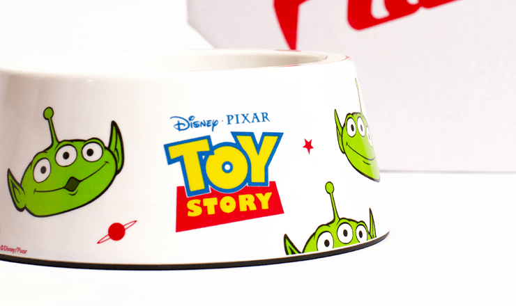 comedouro para cachorros little green man pizza planet toy story