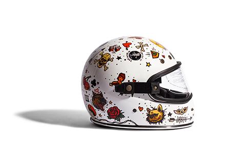 capacete-urban-helmets-old-school-zeedog-pessoas-pet-active