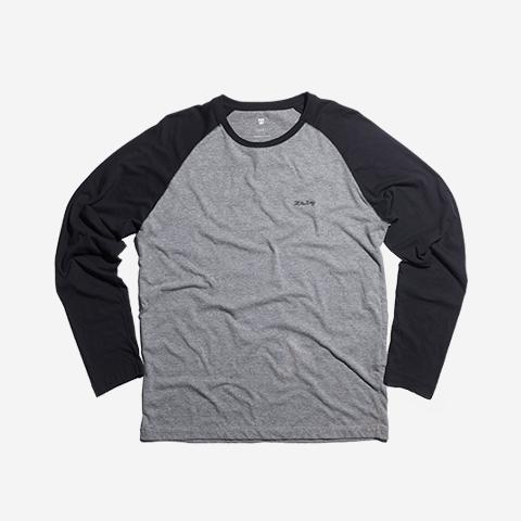 roupas-camisa-raglan-heritage-logo-preto-zeedog-human-active