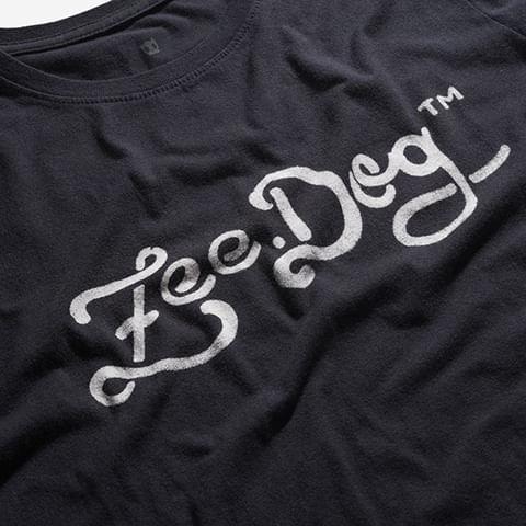 t-shirt-groovy-logo-preto-zeedog-human-hover