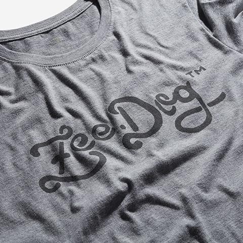t-shirt-groovy-logo-cinza-zeedog-human-hover