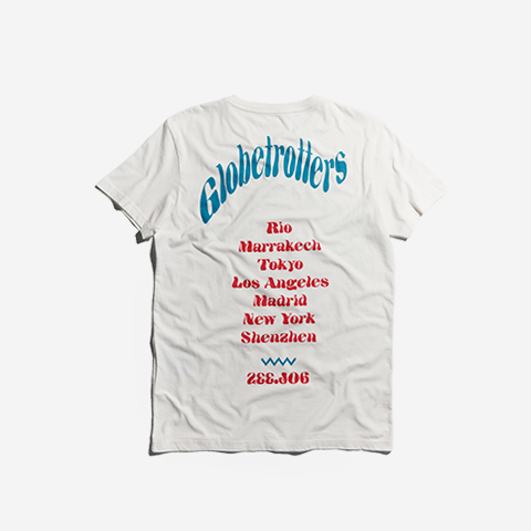 t-shirt-globetrotters-branco-zeedog-human-hover