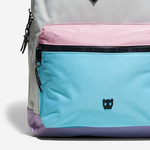 backpack-classic-grey-purple-hover